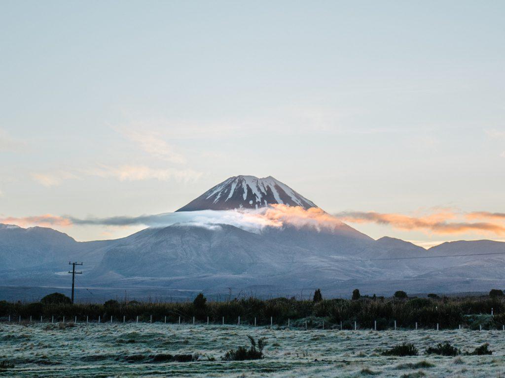 travel diary: tongariro alpine crossing