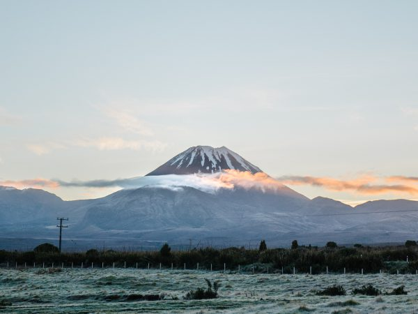travel diary: tongariro alpine crossing