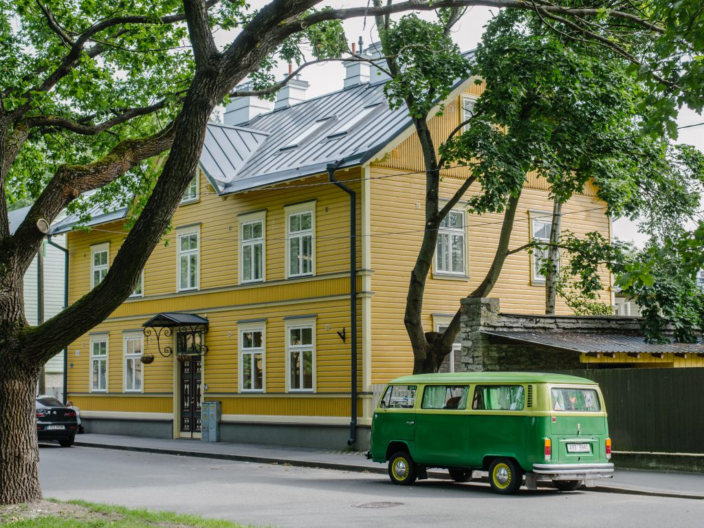 Estonia with baby - our 3 days road trip itinerary Tallinn Kalamaja district