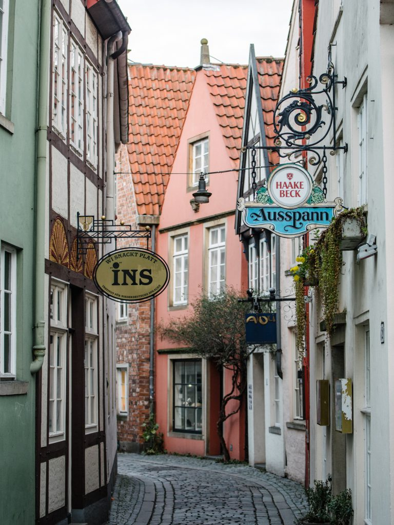 24 hours in Bremen - tips for a one day visit - Das Schnoor Viertel