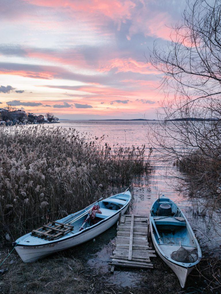 Visit Golyazi - an village on a lake island