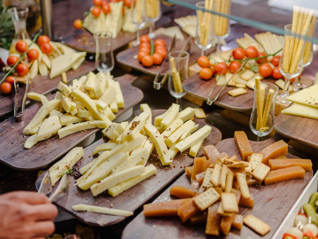 Food Options at INVISA Figueral Resort